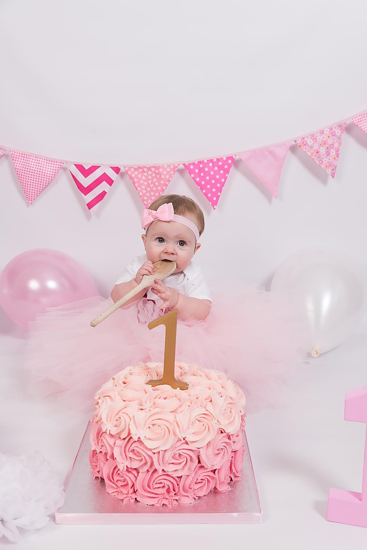 Cake Smash Photo Shoot Crawley